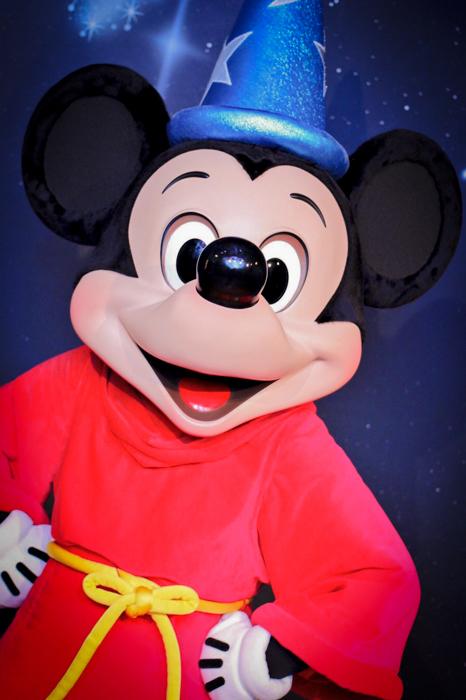 4月からミッキーマウスの顔が変わる? 何か違う・・・ディズニー