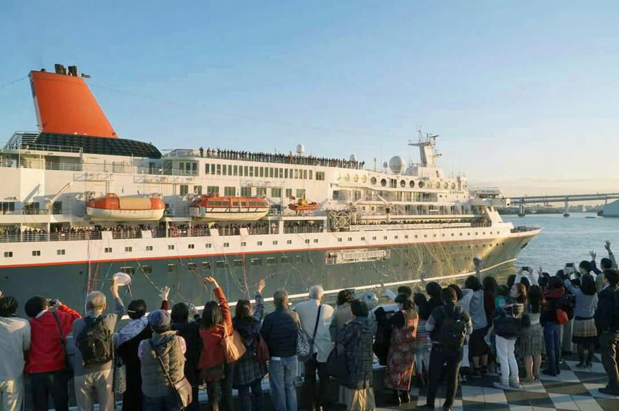 青年の船でベトナム人男性が日本の10代女性にセクハラ行為